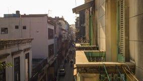 Widok od balkonu Hawańska ulica zdjęcia royalty free