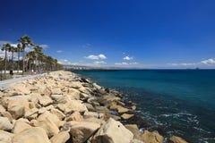 Widok od deptaka morzem cibory Limassol molo obraz stock