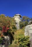 Widok od dna komin skała Zdjęcia Royalty Free
