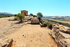 Widok od doliny świątynie, Agrigento, Sicily, Włochy Fotografia Stock