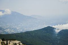 Widok od góry Petri z chmurami, Crimea Zdjęcie Royalty Free
