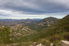 Widok od halnego wierzchołka miasteczko w Hiszpania fotografia royalty free