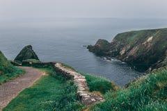 Widok od ikonowego Dunquin schronienia mola najwięcej westerly porady Dingle półwysep w okręgu administracyjnym Kerry fotografia royalty free