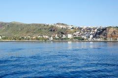 Widok od morza na San Sebastian w losie angeles Gomera Zdjęcie Royalty Free