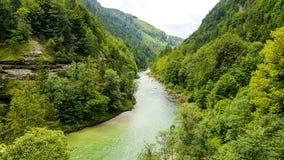 Widok od mostu przy Salza rzeką w Austria obraz stock