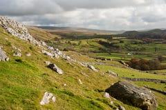 Widok od Norber eratyków zestrzela Wharfe dolinę w Yorkshire dolin Na Fotografia Stock