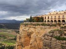Widok od nowego mosta nad Guadalevin rzeką w Ronda, Malaga, Hiszpania zdjęcie royalty free