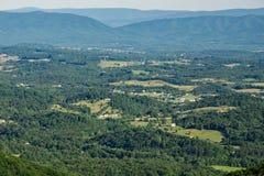 Widok od ostrze wierzchołka góry obraz royalty free