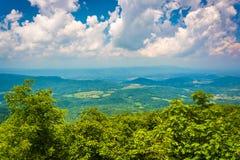 Widok od Południowego Marshall wzdłuż Appalachian śladu w Shenand, Zdjęcia Stock