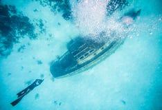 Widok od powierzchni Shipwreck w San Andres, Kolumbia Obraz Royalty Free