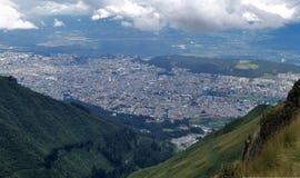 Widok od Quito TeleferiQo zdjęcia royalty free