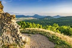 Widok od ruin Kostalov kasztel zdjęcia royalty free