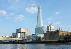 Londyńska linia horyzontu z czerepem Fotografia Royalty Free