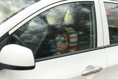 Widok od samochodu na deszczowym dniu Zdjęcie Stock
