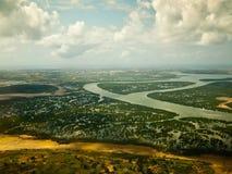 Widok od samolotu na Afrykańskiej rzece  Obrazy Stock