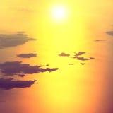 Widok od samolotu zmierzch na niebie Zdjęcie Stock