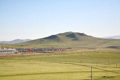 Widok od syberyjskiego pociągu przy Ulaanbaatar, Mongolia obraz royalty free