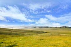 Widok od syberyjskiego pociągu przy Ulaanbaatar, Mongolia obraz stock