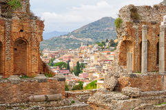 Widok od Teatro Greco, Taormina - Obrazy Royalty Free