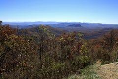 Widok od ubijanie młynu Przegapia w Pólnocna Karolina fotografia stock