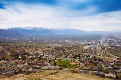 Widok od wierzchołka Salt Lake City z górami Fotografia Royalty Free
