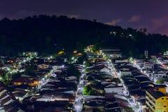 Widok od wysokiego budynku widzii Amphoe Kathu w nighttime, Phuket Tajlandia Zdjęcie Royalty Free
