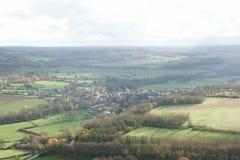 Widok od wzgórza Vezelay, jeden piękna wioska w Francja zdjęcia stock