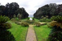Widok ogródy pałac królewski Caserta Włochy i park fotografia royalty free
