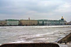 Widok pałac bulwar Obrazy Royalty Free