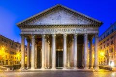 Widok panteonu i Rotonda kwadrat włochy Rzymu Obrazy Stock