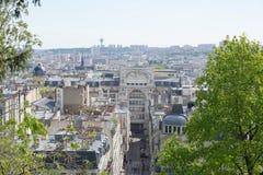Widok Paryż z wierzchu wzgórza Montmartre zdjęcie stock