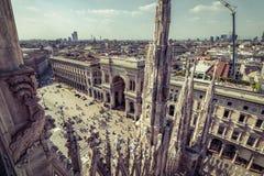 Widok piazza Del Duomo od Mediolańskiej katedry Zdjęcia Royalty Free