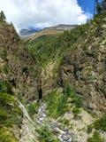 Widok Pisang szczyt od Marsyangdi doliny, Nepal Zdjęcia Royalty Free