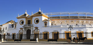 Fasada Plac De Toros De Los angeles Maestranza, Sevilla, Hiszpania obrazy stock