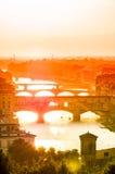 Widok Ponte Vecchio w zmierzchu, Florece Włochy Zdjęcie Stock