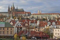 Widok Praga kasztel od Charles mosta Zdjęcie Royalty Free