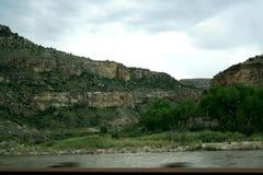 Widok przez Kolorado rzek? g?ry zdjęcia stock