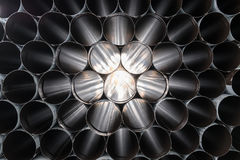 Widok przez sterty stalowe tubki Zdjęcie Royalty Free