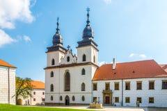 Widok przy bazyliką StProcopius w Trebic, Moravia -, republika czech zdjęcia stock