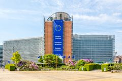 Widok przy Berlaymont buduje Europejskiej prowizi w Bruksela, Belgia - fotografia stock