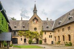Widok przy Hasłowym coutyard opactwo Villers devant Orval w Belgia obrazy stock