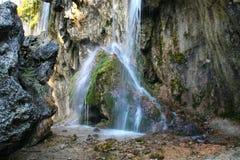 Widok przy książe korony siklawami, Gedmysh rzeka, Kabardino-Balkar republika, Kaukaz, Rosja Zdjęcia Stock