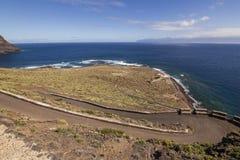 Widok Punta Llana, wyspy kanaryjskie dokąd jest przy losem angeles Gomera Ermita De Nuestra señora de Guadalupe, fotografia stock