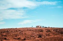 Widok pustynia dom blisko Cappadocia, Goreme, Turcja Zdjęcie Royalty Free