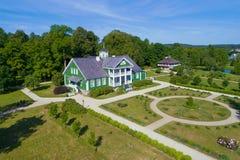Widok rezydencja ziemska dom krewni Rosyjska poeta A S Pushkin, Petrovskoe fotografia royalty free