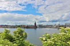 Widok Riddarfjärden w kierunku urzędu miasta Obrazy Stock
