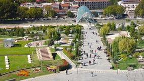 Widok Rike park z mostem pokój w Tbilisi, Gruzja zbiory