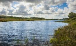 Widok rzeczna pobliska góra Errigal, Co Donegal zdjęcie royalty free
