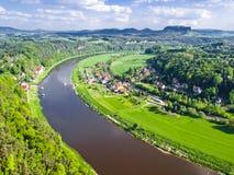 Widok rzeczny Elbe, Saxony, Niemcy Zdjęcia Royalty Free