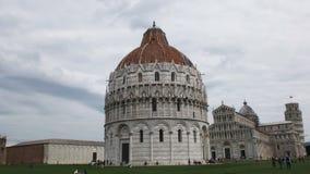 Widok sławny baptysterium, Pisa zbiory wideo